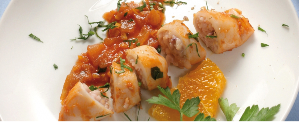 Calamari ripieni con salsa di pomodoro al bimby