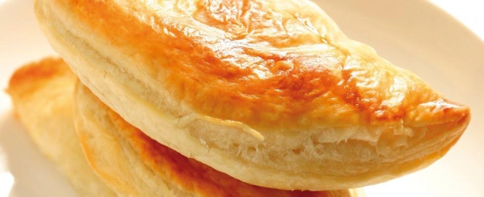 Calzoni di sfoglia con prosciutto e formaggio al bimby
