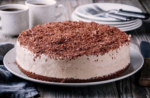 Il cheesecake al caffè senza cottura con la ricetta facile e veloce