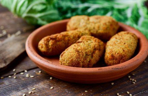 Le crocchette di patate ripiene al forno con la ricetta sfiziosa