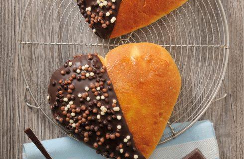 Cuori bicolore di pan brioche al bimby