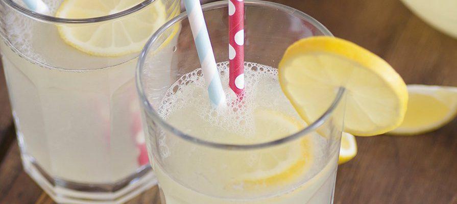 3 bevande super dissetanti da fare con la Gazzosa