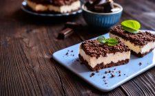La ricetta della sbriciolata senza cottura al cioccolato