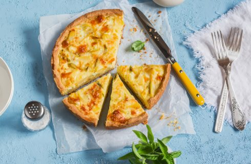Torta salata con patate e parmigiano, la ricetta veloce