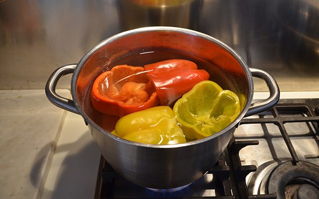 peperoni-ripieni-di-pasta-2