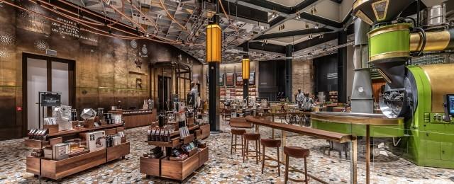 Milano: com'è Starbucks, aperto da domani