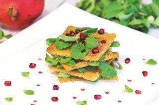 Polenta carpacciata al melograno: ricetta vegana