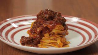 Ragù di castrato: cucina umbra per il pranzo della domenica