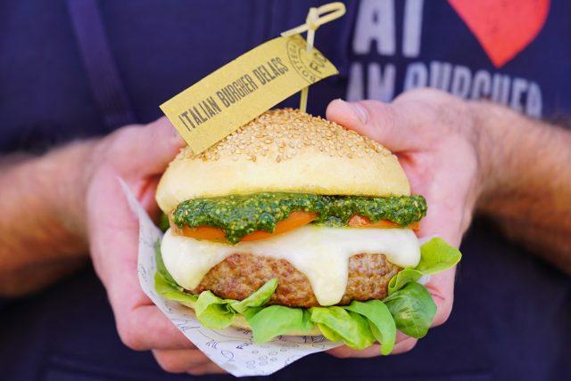 fud-italian-burger-delacs-03-min