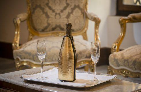 Frizzerino: la rivoluzione della glacette da vino che non va in frigo