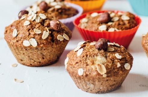 Muffin alla banana con fiocchi d'avena e nocciole al bimby