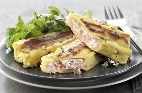 Pasta con ripieno di salmone affumicato e ricotta al bimby