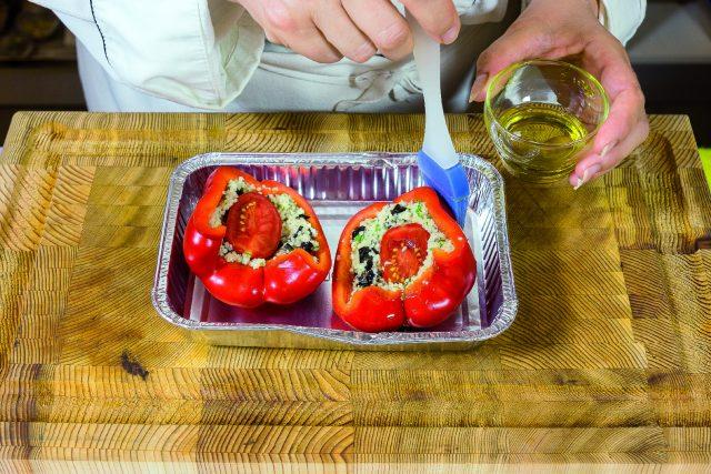 peperoni-sul-barbecue-con-formaggio-fresco-e-cuscus-a-1982-10