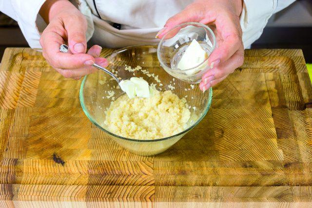 peperoni-sul-barbecue-con-formaggio-fresco-e-cuscus-a-1982-3