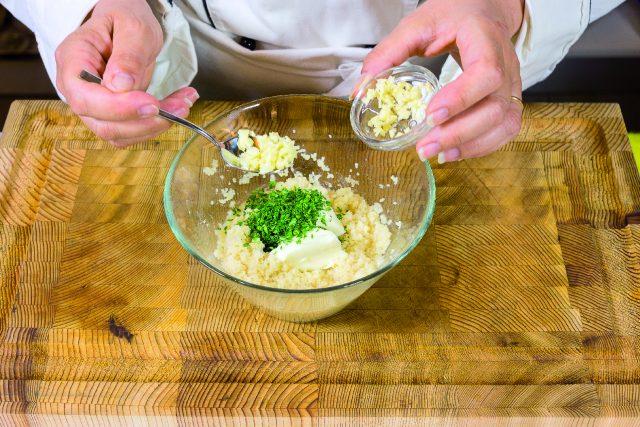 peperoni-sul-barbecue-con-formaggio-fresco-e-cuscus-a-1982-5