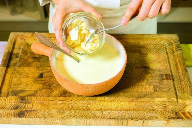 pere-con-salsa-al-formaggio-brie-a1936-12