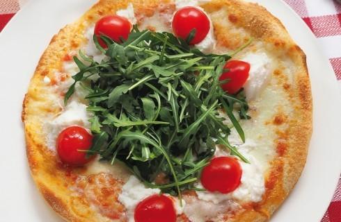 Pizza con burrata, rucola e pomodorini al bimby