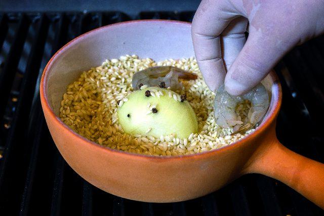 riso-pilaf-con-mazzancolle-fiori-di-zucca-e-taccole-grigliate-a1863-4