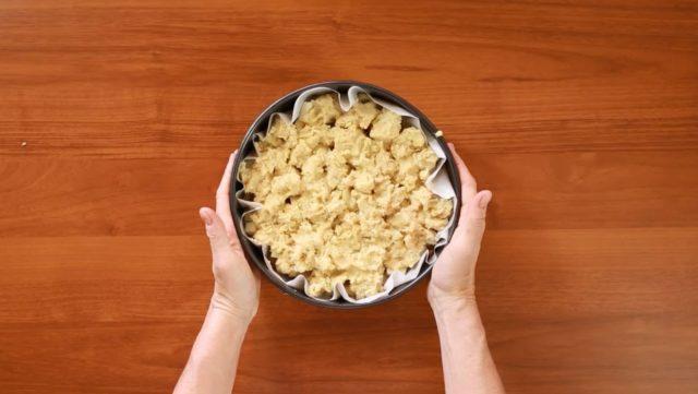 sbriciolata-patate-e-salsicce-step-6