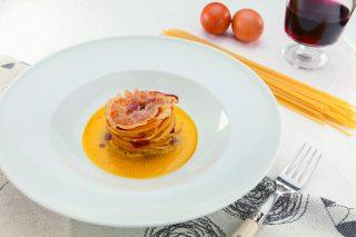 Spaghetti alla carbonara al barbecue: primo piatto dal gusto intramontabile