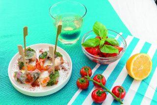 Spiedini di mazzancolle e pancetta al barbecue: ecco come si preparano