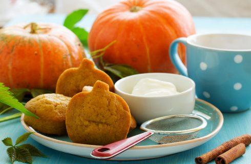 Biscotti di Halloween alla zucca, la ricetta facile