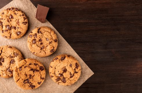 La ricetta dei chocolate chip cookies di Bake off