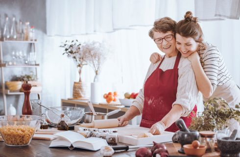 In cucina con i nonni: 10 ricette della tradizione