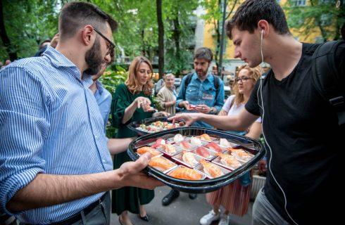 A Milano il sushi è gratis se hai tanti follower su Instagram