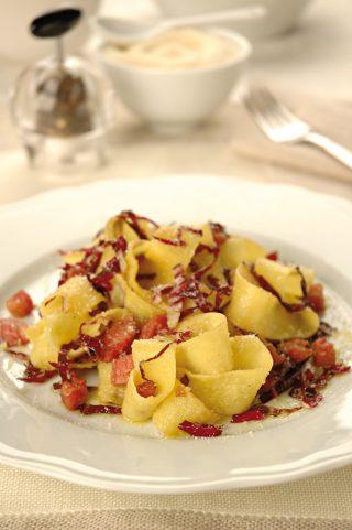 Pappardelle con radicchio, speck e parmigiano al bimby