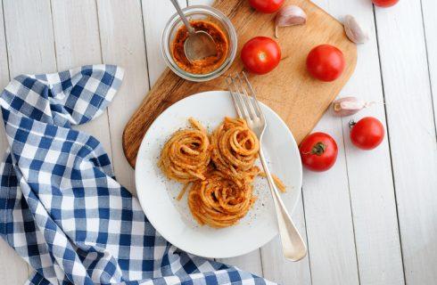 Pasta al pesto trapanese: la ricetta di Alessandro Borghese
