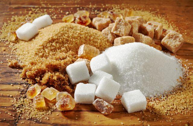 zucchero di canna e zucchero bianco