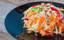 Insolite insalate: som tam o papaya salad