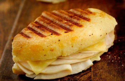 La ricetta del toast di patate al forno