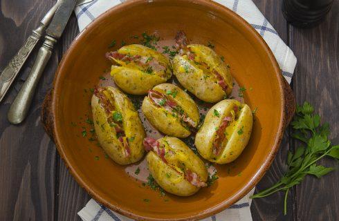 Jacket potatoes: scrigni rustici e saporiti