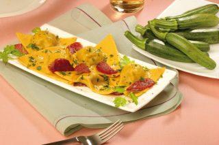 Ravioli di ricotta e zucchine con chorizo al bimby