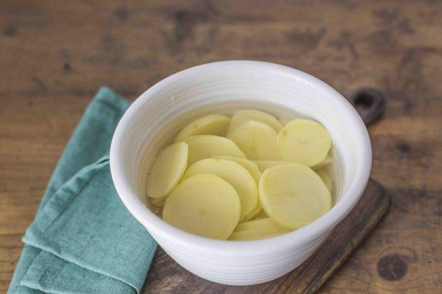 step-2-sformato-di-cardi-e-patate