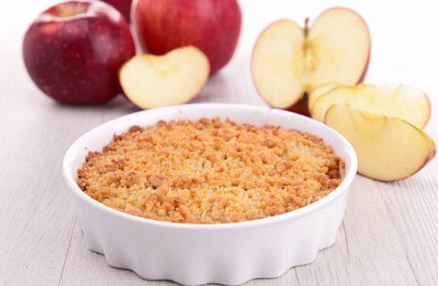 Il crumble di mele con la ricetta di Ernst Knam