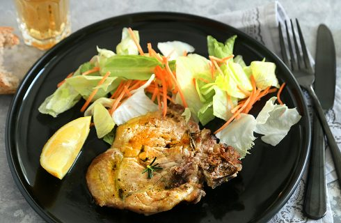 Bistecca di maiale al forno: sfizioso secondo piatto