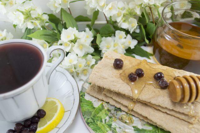 bacche di aronia tè