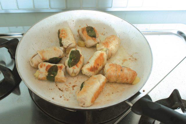 bocconcini-di-tacchino-ripieni-di-olive-e-patate-4