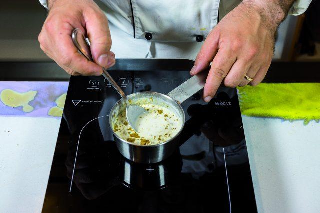 spiedini-alla-nettuno-con-salsa-al-cocco-e-curry-a1979-11