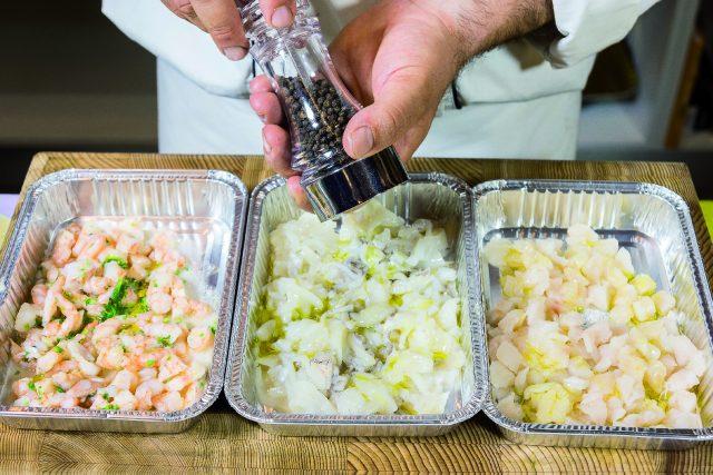 spiedini-alla-nettuno-con-salsa-al-cocco-e-curry-a1979-2