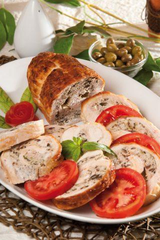 Arrosto di tacchino alle olive con pomodoro marinato