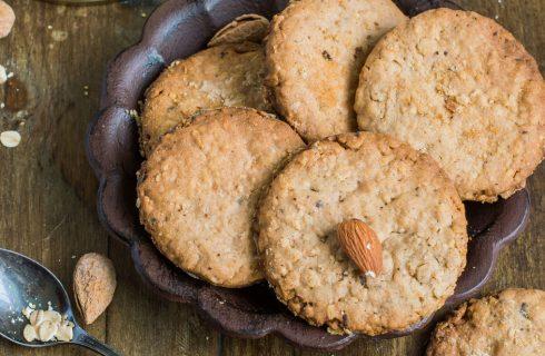 Biscotti con farina di mandorle, la ricetta facile