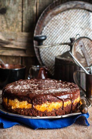 Torta cocco e cioccolato: alternanza di sapori