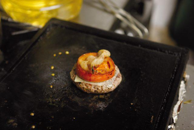 burger-con-pane-alla-paprika-13-bis