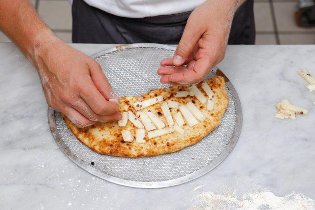calzone-pancetta-e-testun-11
