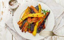 La ricetta dei bastoncini di carote al forno