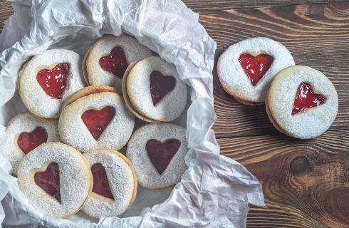 Biscotti semplici per San Valentino, la ricetta
